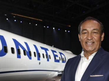 OSCAR  MUNOZ - CEO, UNITED Airlines