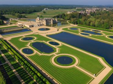 EXPLORE & DISCOVER: DOMAINE DE CHANTILLY, FRANCE