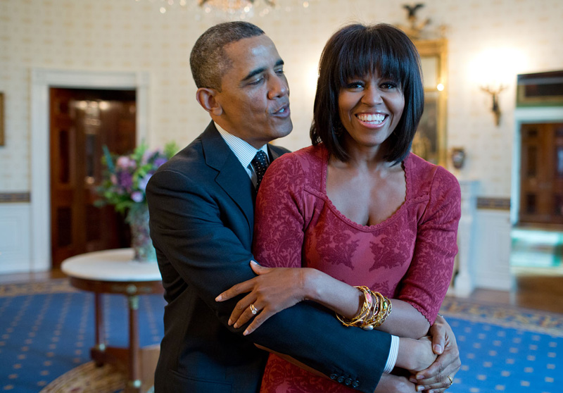 Barack And Michelle Obama In Oval Office