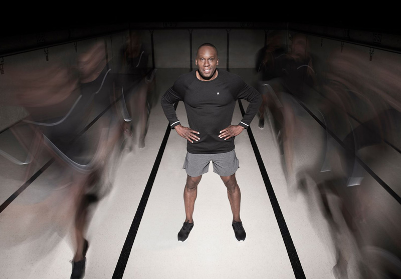 Bruny Surin Promotional Photo In Shorts And Shirt