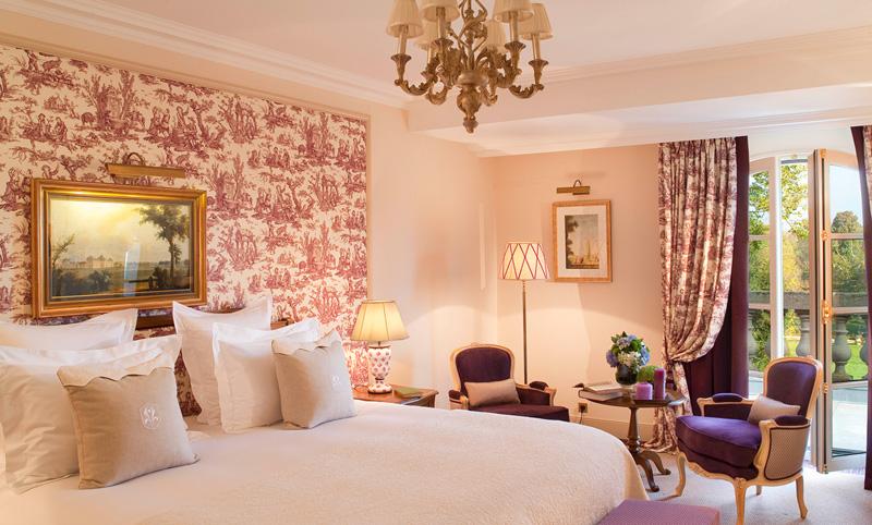 Standard Hotel Room At Auberge Du Jeu De Paume Relais & Châteaux