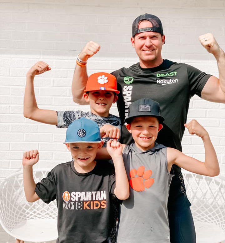 Justin Batt Muscle Pose With His Sons