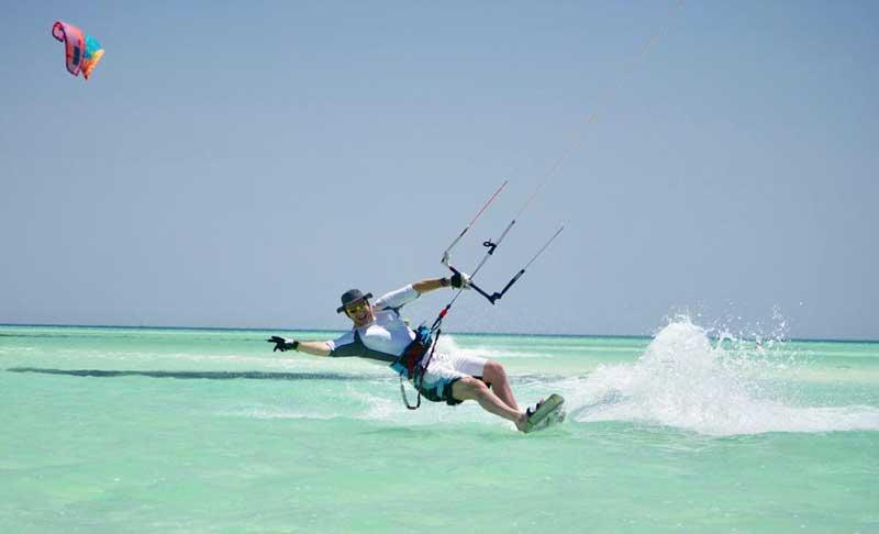 Vitali Klitschko Kitesurfing In Egypt